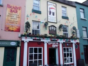 Sean's Bar - Front